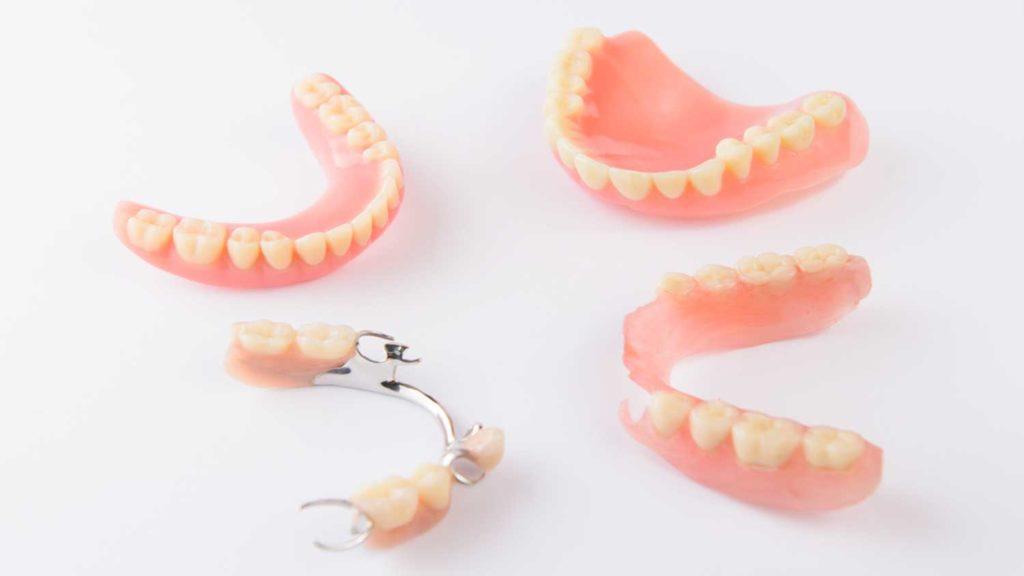 しっかり噛める入れ歯・義歯